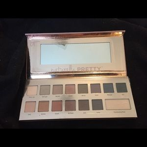 It cosmetics matte luxe transforming eyeshadow